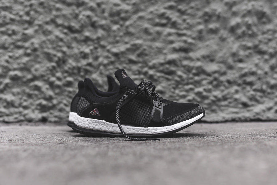 adidas WMNS Pure Boost X Training - Black / White