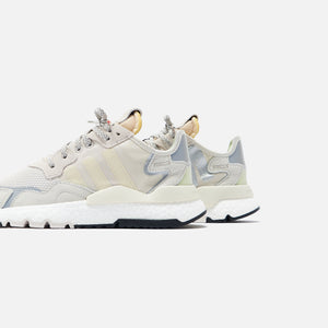 adidas WMNS Nite Jogger - Raw White / Light Brown Image 5