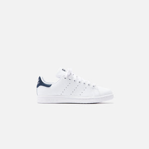 adidas Originals WMNS Stan Smith - White / New Navy