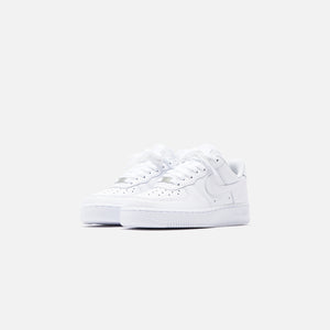 Nike WMNS Air Force 1 '07 Low - Triple White Image 3