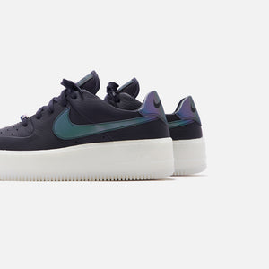 Nike WMNS Air Force 1 Sage Low LX - Oil Grey / Blank White