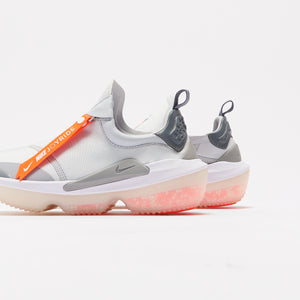 Nike WMNS Joyride Optik - Pure Platinum / White / Wolf Grey