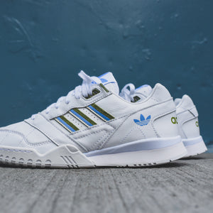 adidas Originals WMNS A.R. Trainer 100 -  White / Tech Olive / Real Blue
