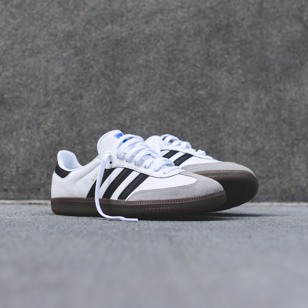 Shoes BZ0225 Rakuten mail order for the adidas Adidas SAMBA CLASSIC OG men sneakers [WHITEBLACK] samba white black gum sole vintage vintage originals