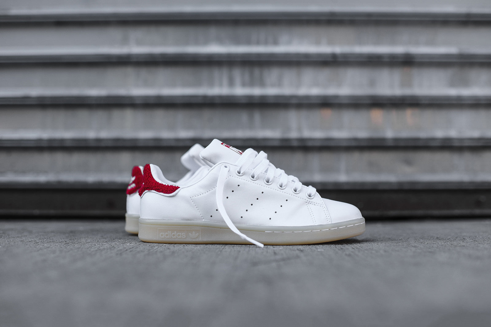 adidas Originals WMNS Stan Smith - Winter White / Red