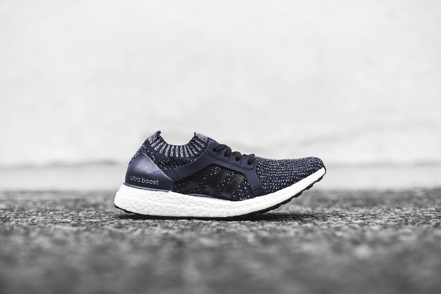 adidas originals WMNS Ultraboost X - Navy / White