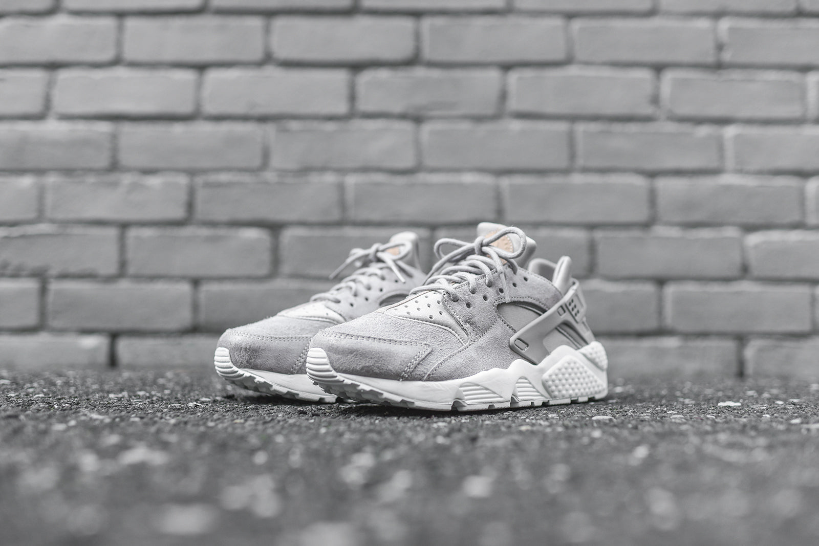 597f8e9bb7fea Nike WMNS Air Huarache Run CS - Cobblestone   White – Kith