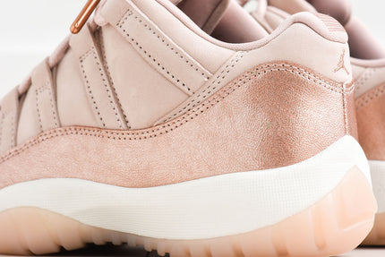 Nike WMNS Air Jordan 11 Retro Low - Sail / Metallic Red / Bronze