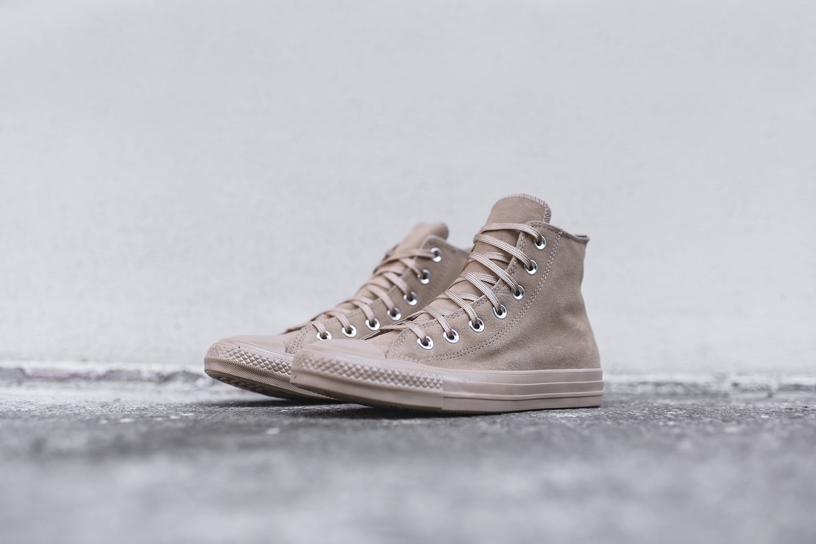 Converse Chuck Taylor Hi Light