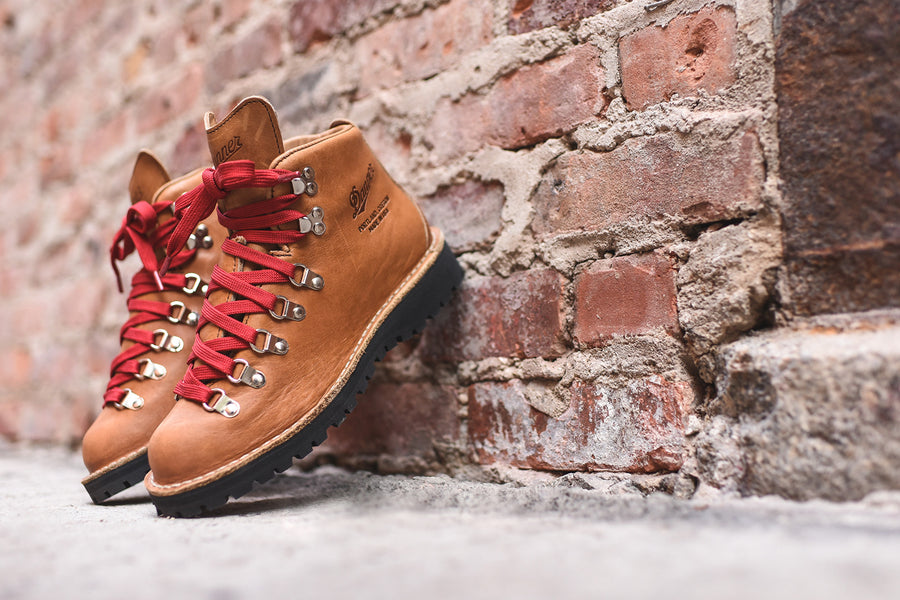 Danner WMNS Mountain Light Cascade - Tan