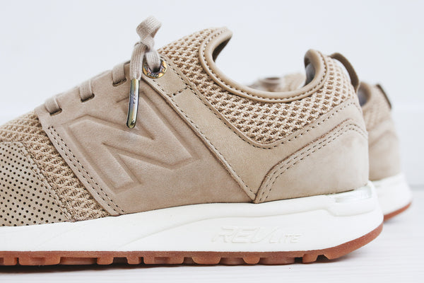 New Balance WMNS WRL247GR - Tan / White