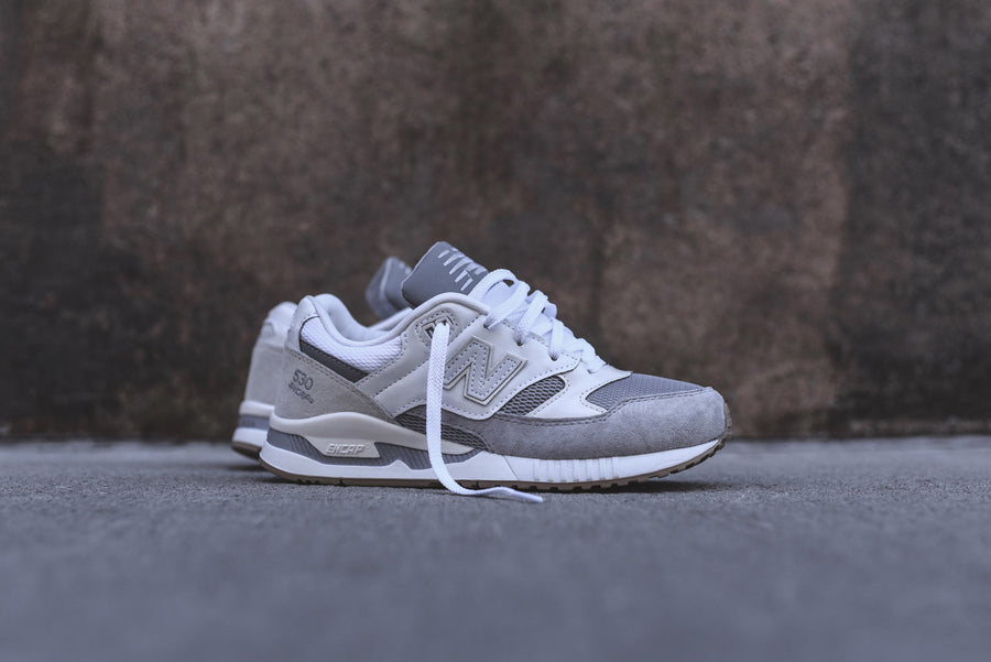 New Balance WMNS 530 - White / Grey