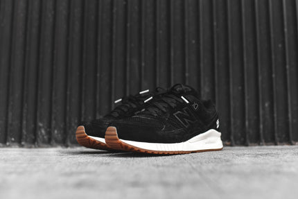New Balance WMNS 530 - Black / White / Gum