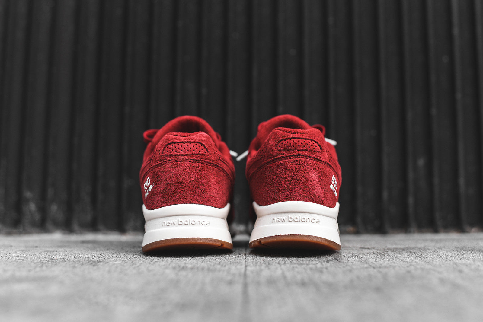 New Balance WMNS 530 - Red / White / Gum