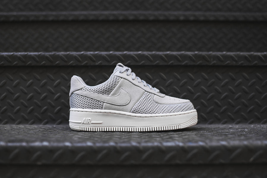 Nike WMNS Air Force 1 Low Upstep PRM - Grey / White