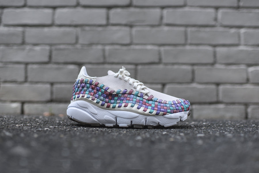 Nike WMNS Air Footscape Woven - Sail / Multi