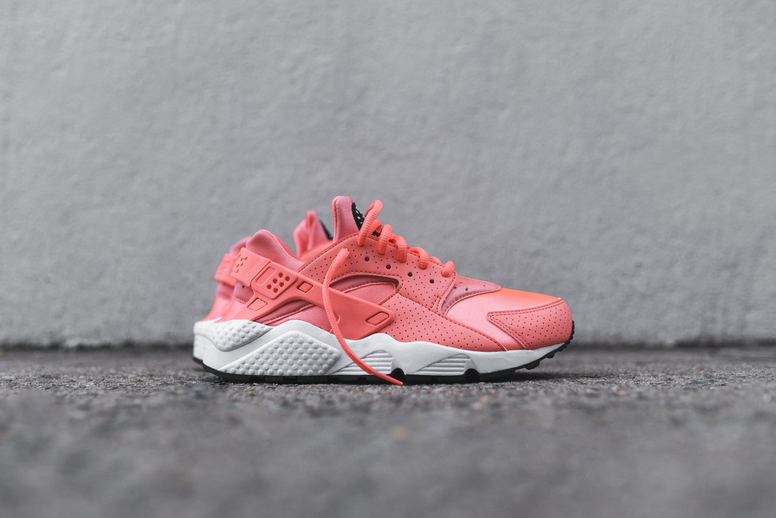 Nike WMNS Air Huarache Run - Atomic Pink