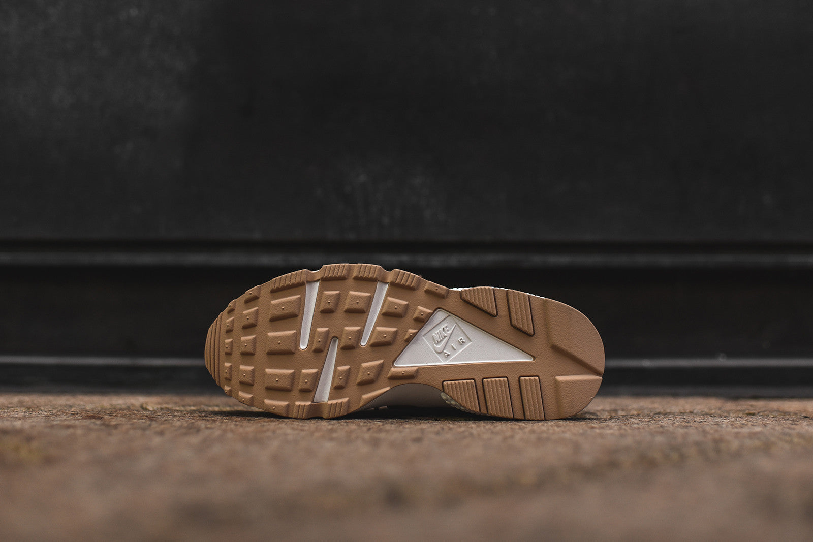 Nike WMNS Air Huarache Run SE - Bronze