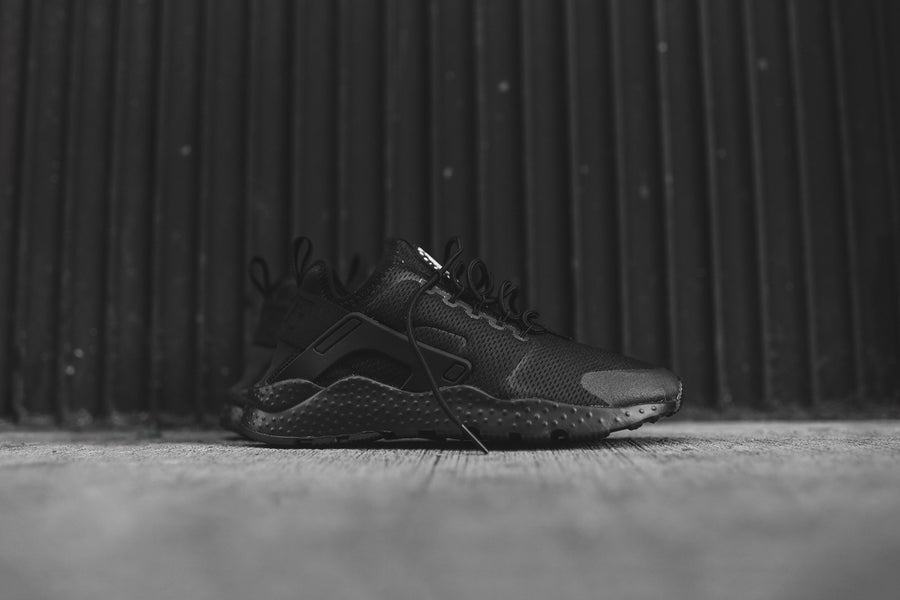 Nike WMNS Huarache Run - Ultra Black
