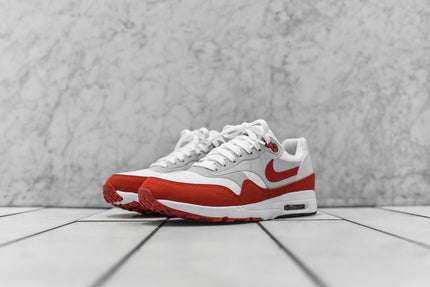 Nike WMNS Air Max 1 Ultra 2.0 LE - White / Red / Grey