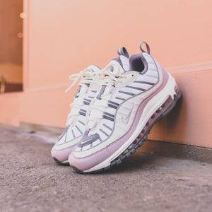 Nike WMNS Air Max 98 Summit White Violet Ash Cool Grey