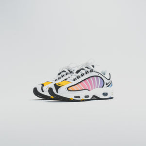 Nike WMNS Air Max Tailwind IV - White / Black / University Blue / Psychic Pink