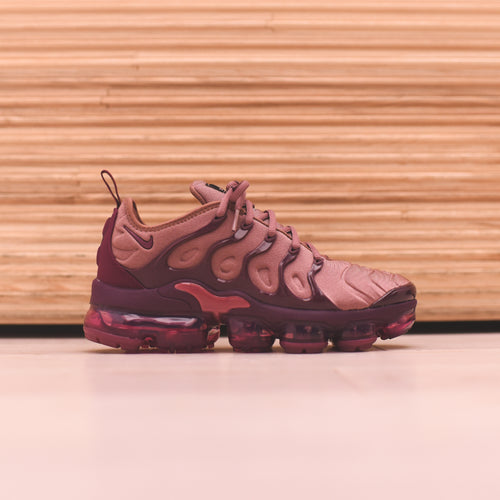 Nike WMNS Air VaporMax Plus - Mauve / Black