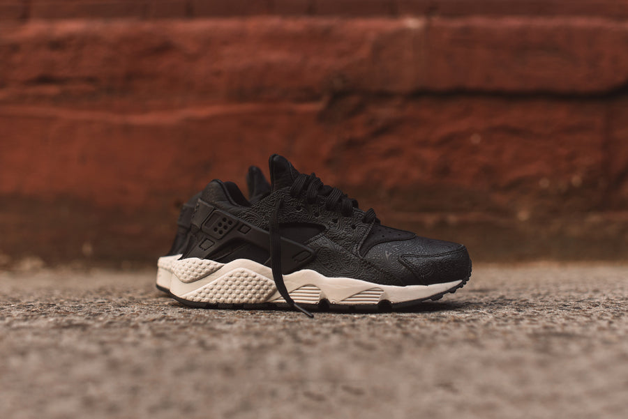 Nike WMNS Air Huarache - Black / Grey