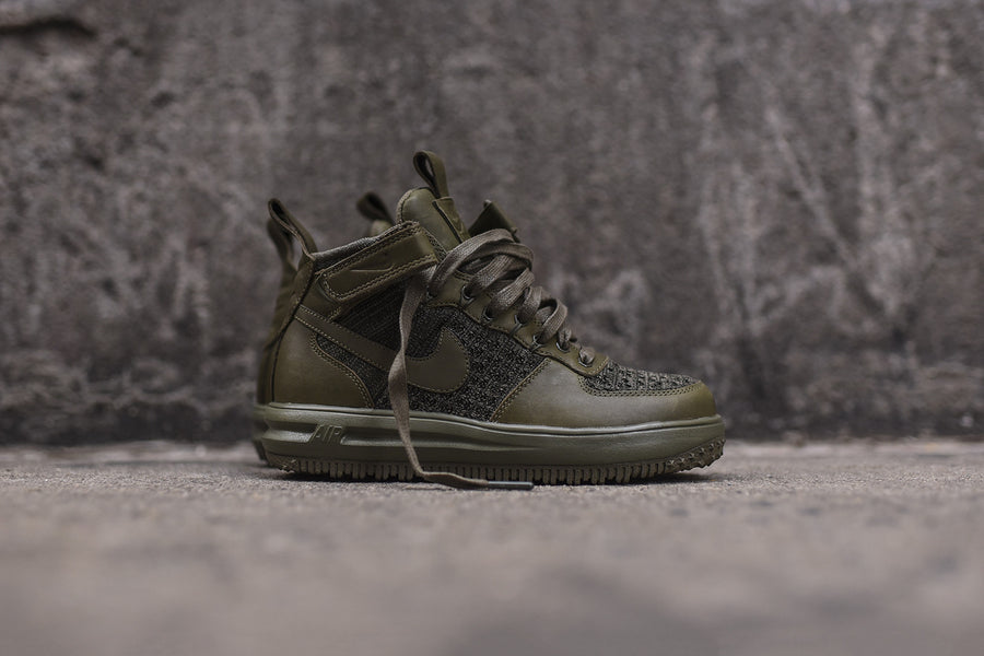 Nike WMNS Lunar Force 1 Flyknit Workboot - Olive