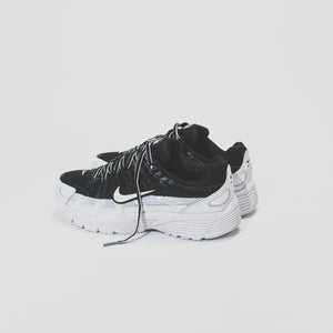 timeless design ad1f6 d9a0c Nike WMNS P-6000 - Black   White