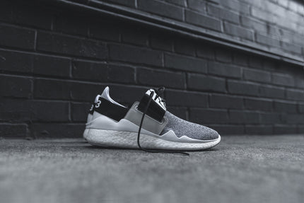Y-3 WMNS Chimu Boost - White / Black
