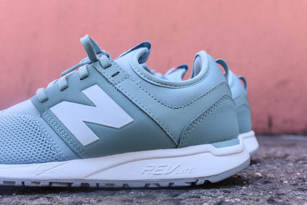 New Balance WMNS 247 - Soft Teal
