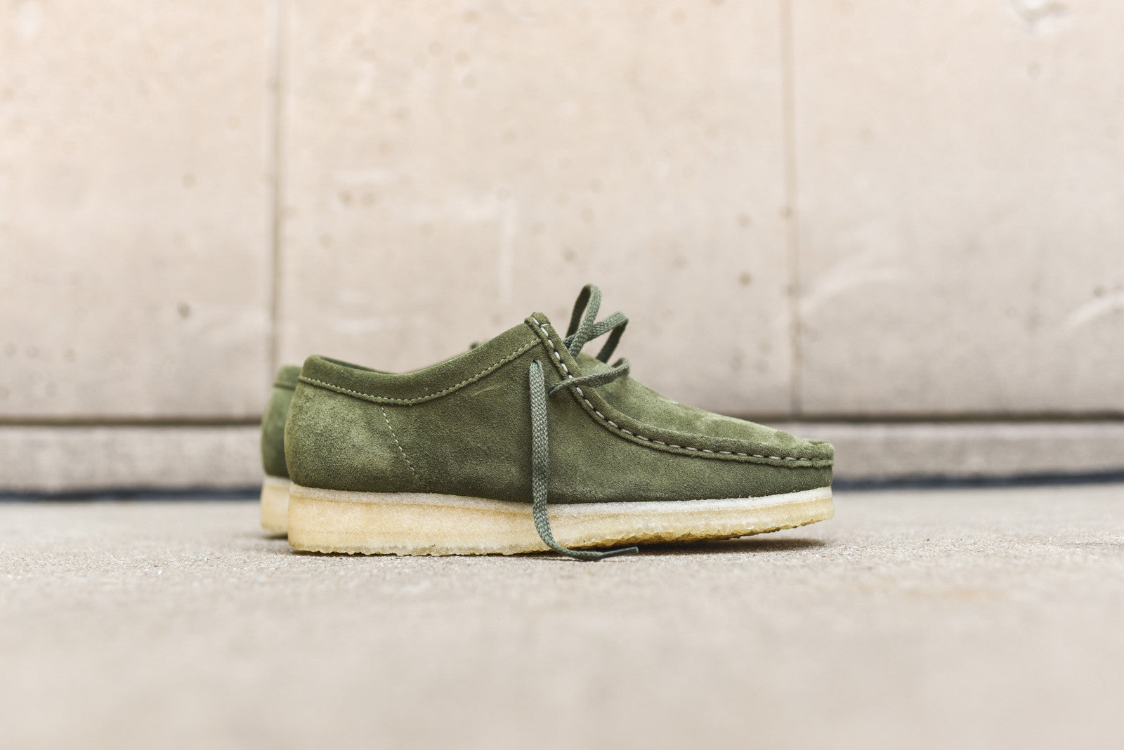 Clarks Wallabee Low - Leaf Green