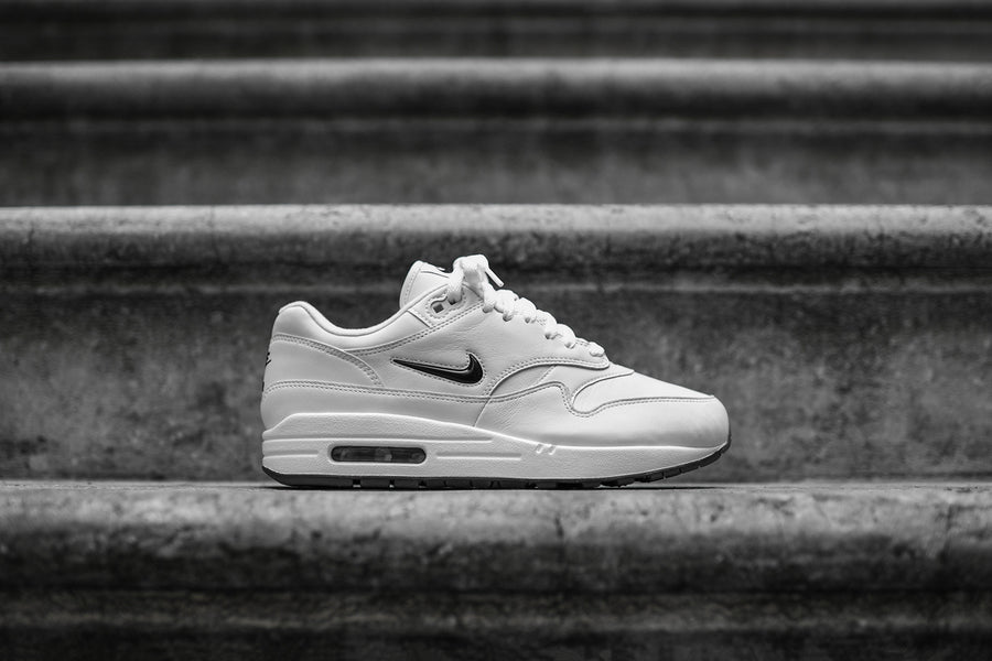 Nike Air Max 1 PRM SC - White / Black