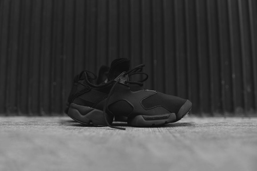 Y-3 Kohna - Triple Black