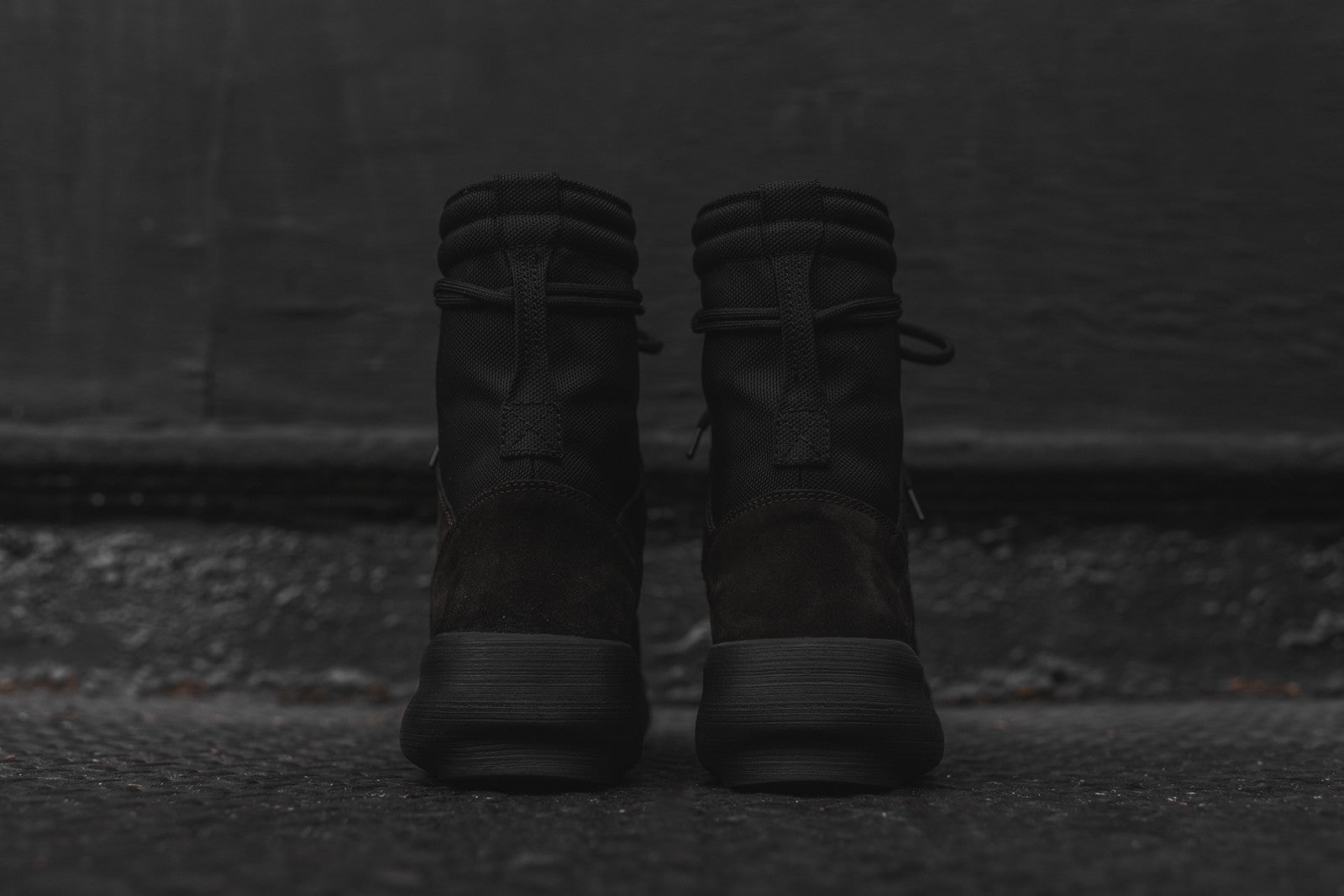 Yeezy Military Boot - Onyx Shade