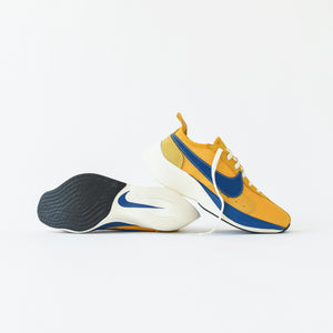 Nike NRG Moon Racer - Yellow Ochre / Gym Blue / Sail