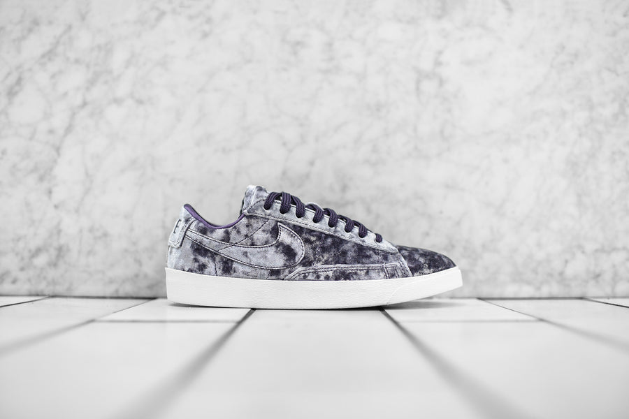 Nike WMNS Blazer Low LX QS - Purple / White
