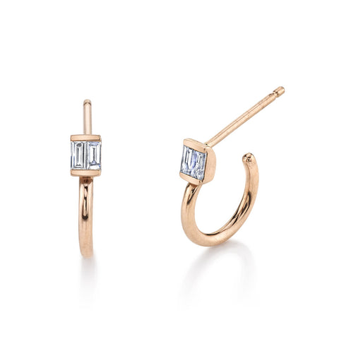 ESSENTIAL PAVE DIAMOND STUDS