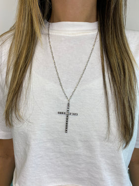 TAPERED BAGUETTE CROSS NECKLACE