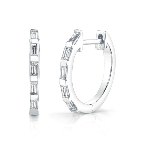 8 DIAMOND BEZEL EAR CRAWLER