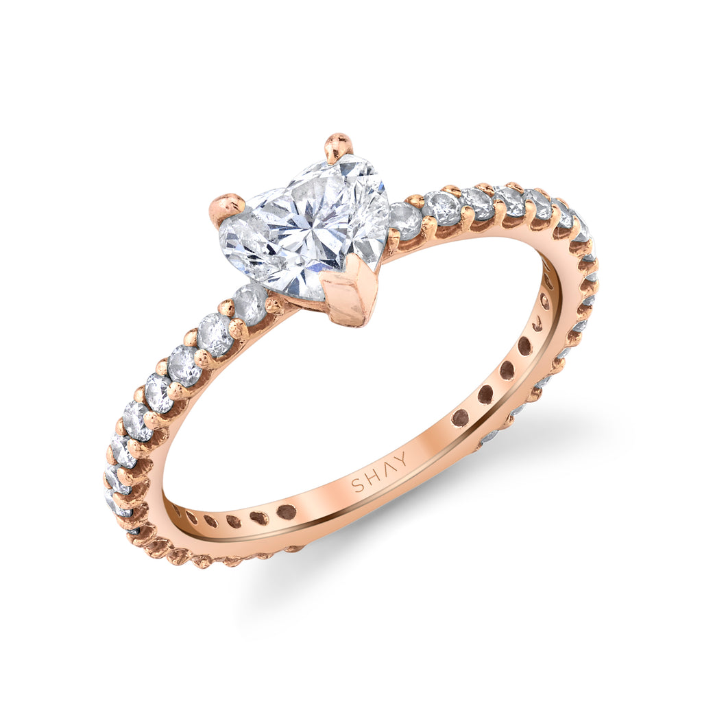 DIAMOND SOLITAIRE HEART PINKY RING