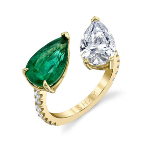 EMERALD & DIAMOND TWIN PEAR RING