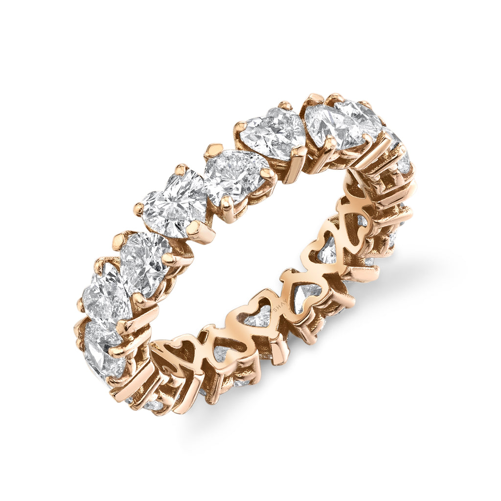 DIAMOND HEART ETERNITY BAND