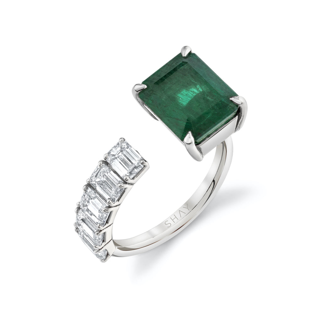 FLOATING EMERALD & DIAMOND RING