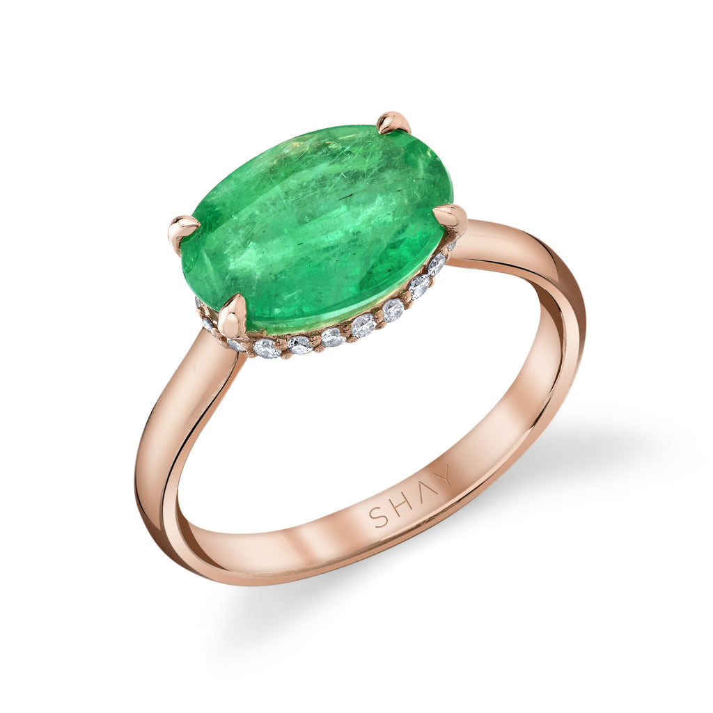 EMERALD SOLITAIRE OVAL RING