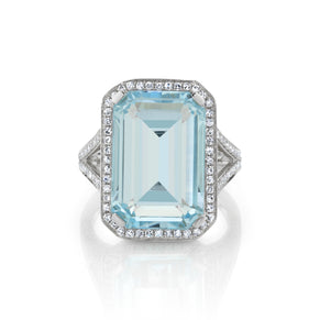 LIGHT BLUE CRYSTAL PORTRAIT GEMSTONE RING