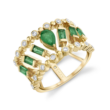 DOT DASH DIAMOND & EMERALD PEAR RING