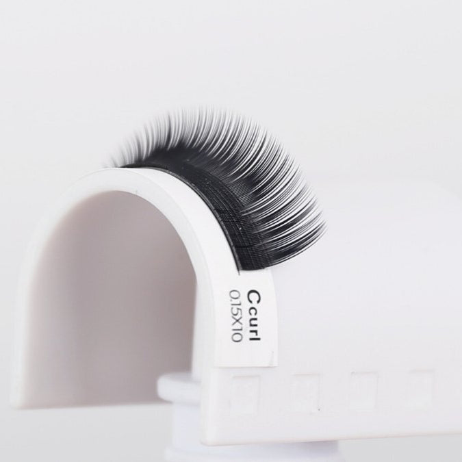 What are mink lashes? by BL Blink Lashes - Eyelash extension supplies and wholesale