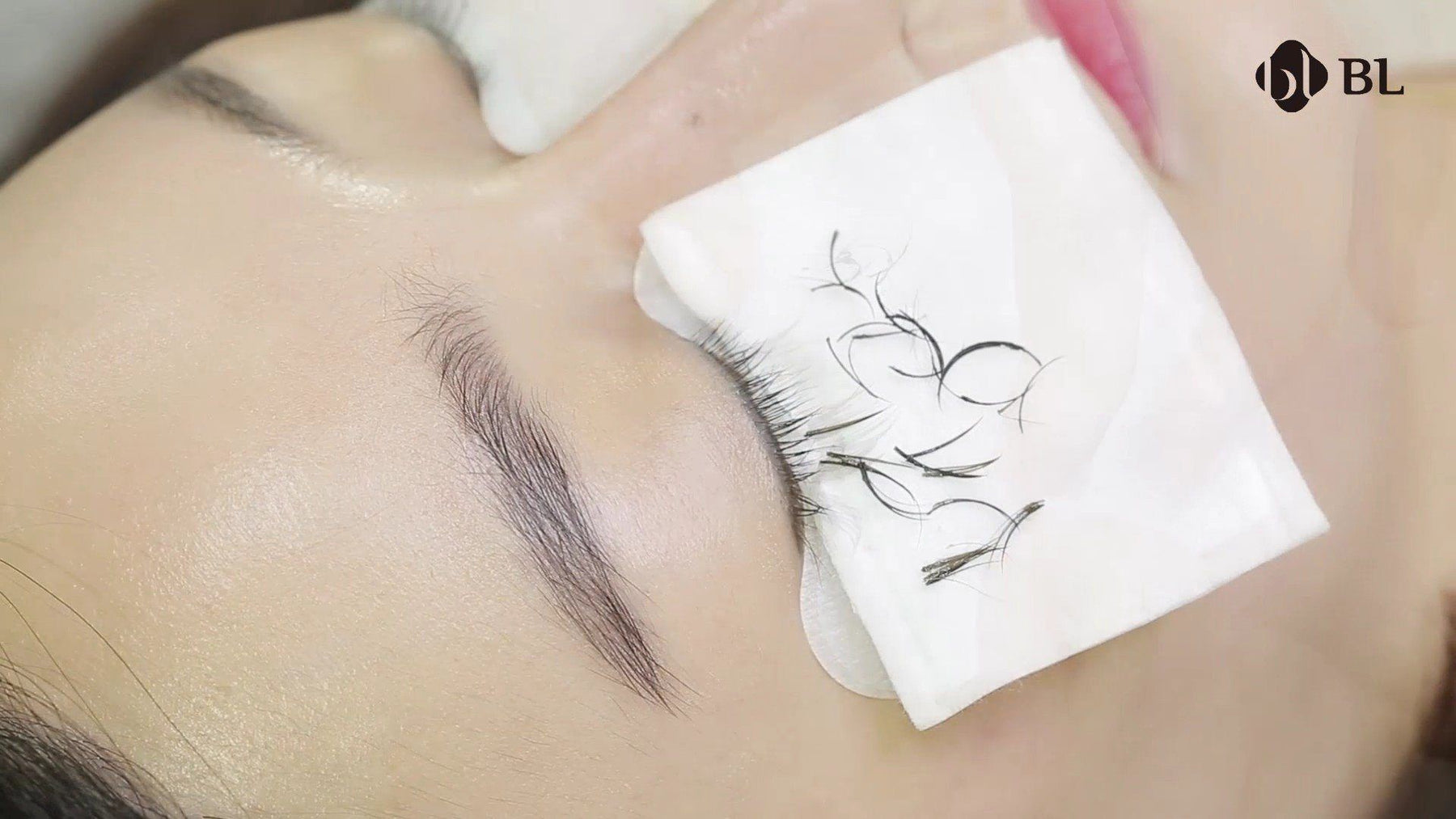 Eyelash extension removal with eyelash remover- How to